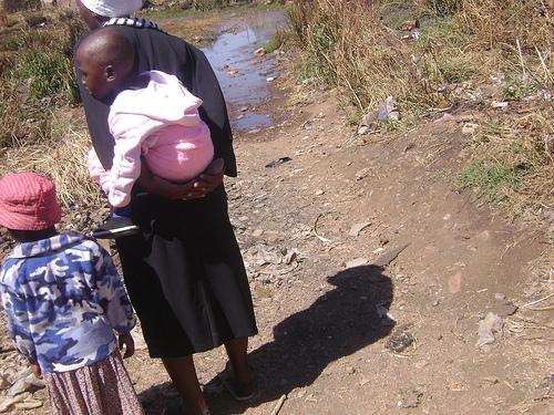 Zimbabwe mother and children
