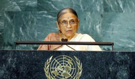 Ela Bhatt speaking at the United Nations