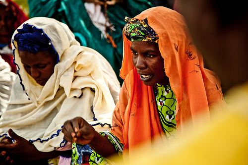Women explain effects of drought in Diaout, Mauritania