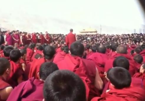 Tibetan monks protest Rongwo monastery in Rebkong, Amdo (Chinese: Huangnan Tibetan autonomous prefecture, Tongren County, Qinghai)