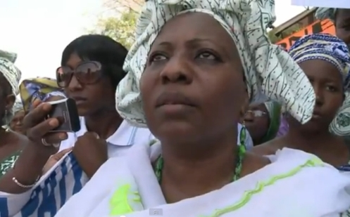 Women in Mali protest against radical Islamists in the region