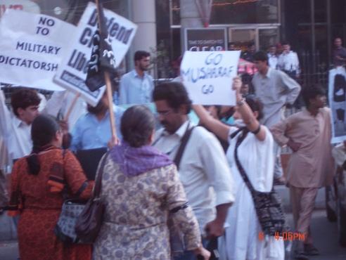 Karachi, Pakistan democracy rally 2007