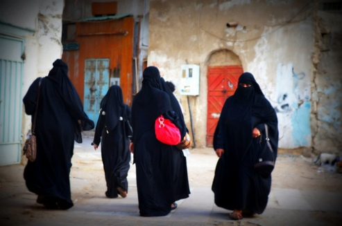 Women walking in Balad, Saudi Arabia