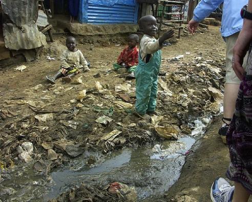 Kenyan slum sewage and child