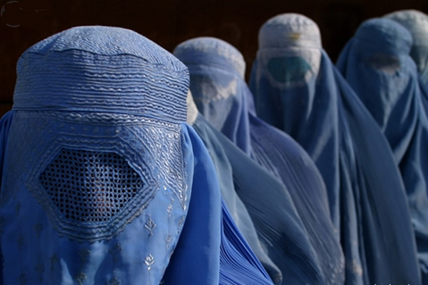 Women wearing burqas in Kabul, Afghanistan