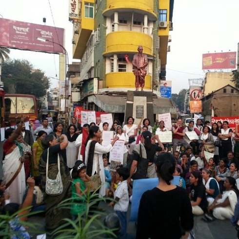 Pune, India protest against gang rape in Delhi