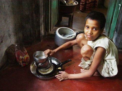 Child domestic worker India