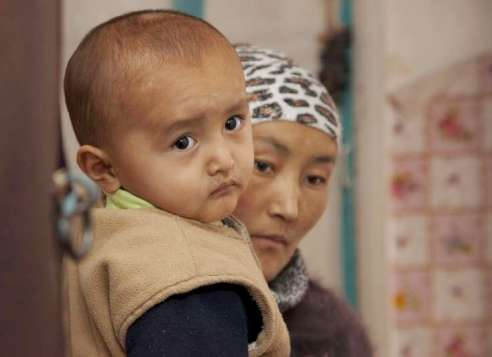 Stateless mother and child