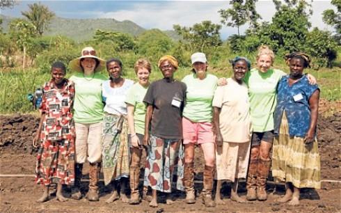 Farm Africa woman volunteers