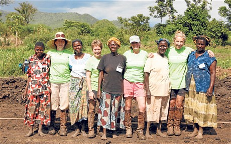 Farm Africa woman volunteers