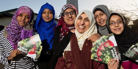 Anjum Rahman, Suad Guya, Khatra Omar, Aaminah Ghani, Sarah Ather, and Aasiya Ather pose for a picture