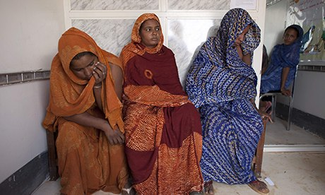 Malian women sitting together at health center