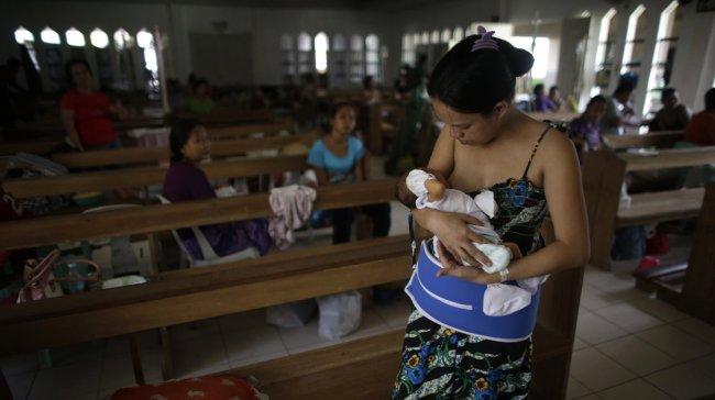 Women in a makeshift hospital