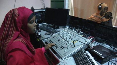 Somalia woman radio producer