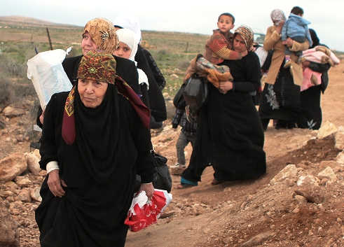 Displaced Syrian women and children