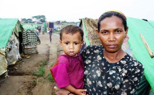 Minority ethnic Rohingya mother and chiild Rakhine State, Burma/Myanmar