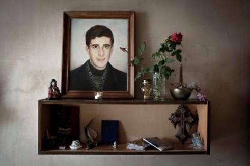 Dead Armenian soldier's shrine
