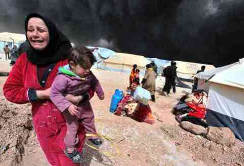 Syrian refugee mother and infant