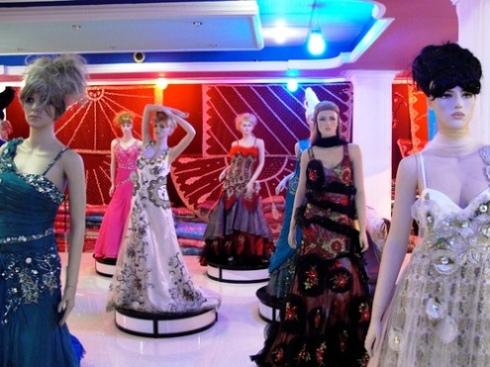 Kabul bridal shop