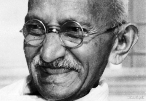 Mahatma Gandhi integrated a belief in religion with his strong belief in human dignity and human rights, Image: Aktualitysk