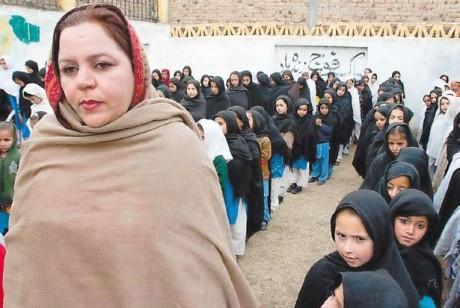Gul-e-Khandana and female students