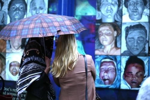 Art exhibition of Sarah Honan's work called 'BLINK'